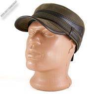 Зимняя коричневая кепка-немка «North»