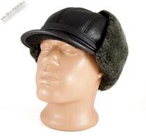 Меховая шапка ушанка с козырьком